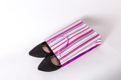 春に注目の靴「チャンキーヒール」と「バブーシュ」